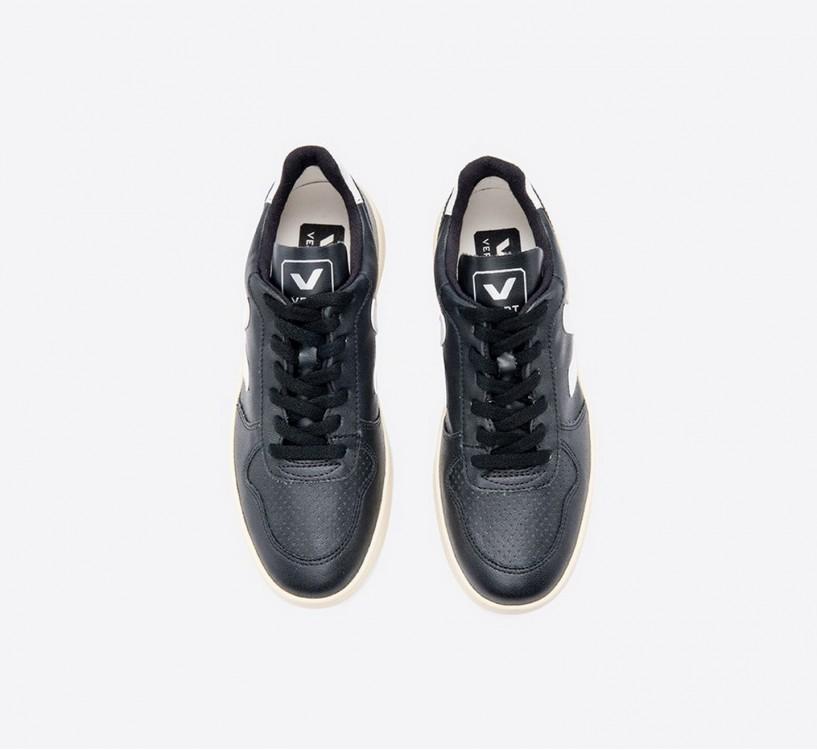 V10 CWL BLACK WHITE BUTTER SOLE